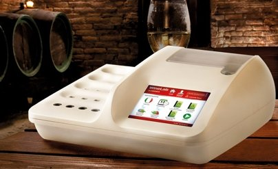 CDRwinelabTouch le analisi del vino in cantina